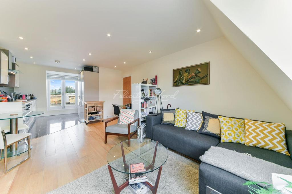 1 Bedroom Flat for sale in Fitzgerald House, Lower Clapton Road, E5