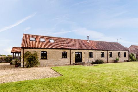 4 bedroom equestrian facility for sale - The Long Barn, Walks Road, Silk Willoughby, Sleaford, NG34