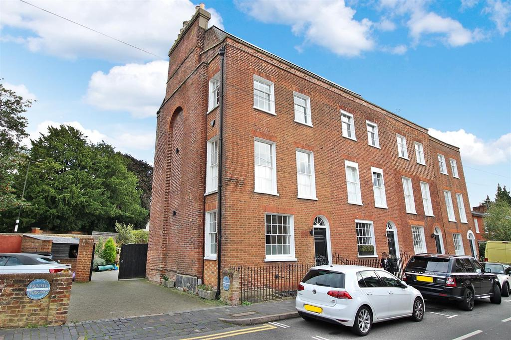4 Bedrooms Terraced House for sale in College Street, St Albans