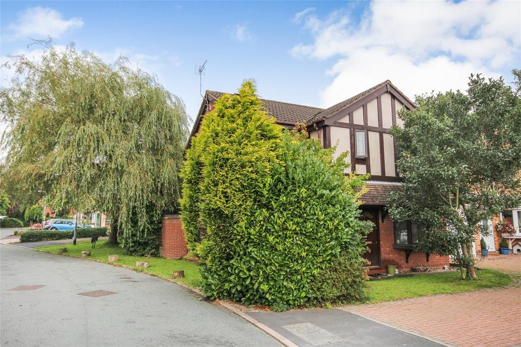 4 Bedrooms Detached House for sale in Shelley Drive, Cheadle, Staffordshire