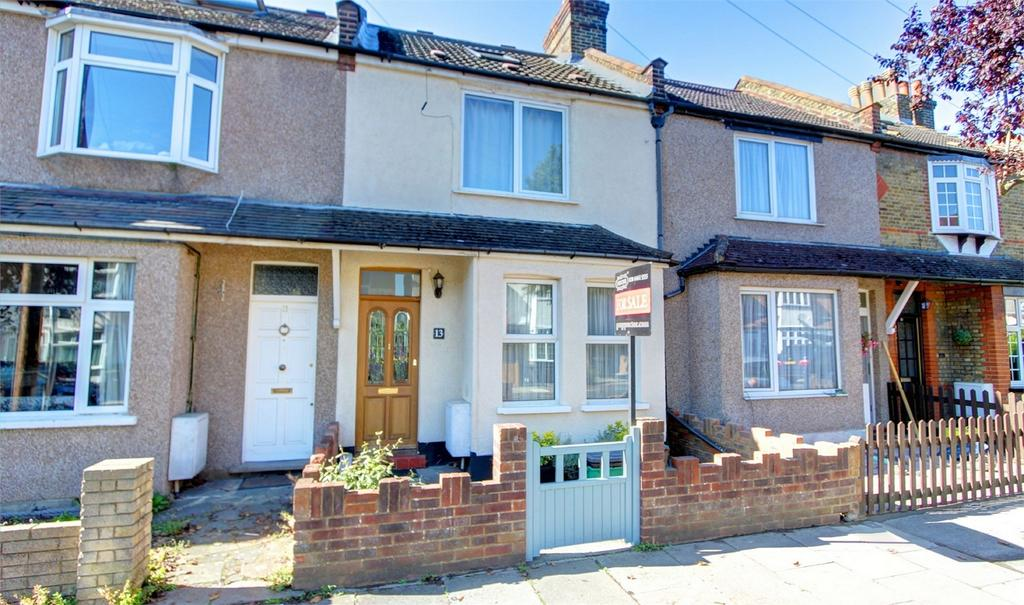 3 Bedrooms Terraced House for sale in Haywood Road, Bromley, Kent