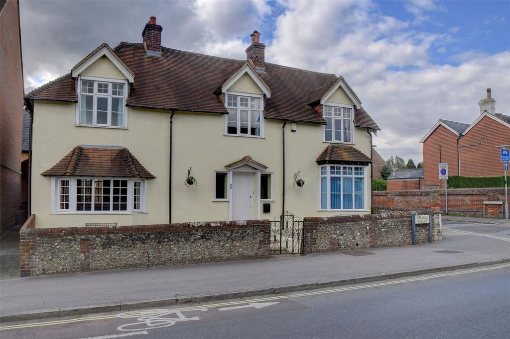4 Bedrooms Detached House for sale in College Street, PETERSFIELD, Hampshire
