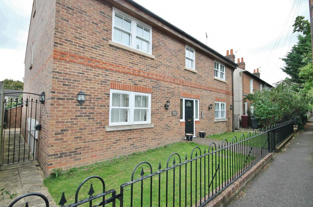 1 Bedroom Flat for sale in Boults Lodge, Boults Walk