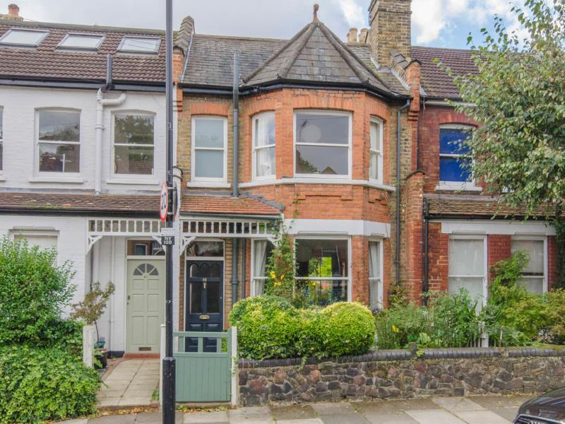 3 Bedrooms Terraced House for sale in Alexandra Park N8