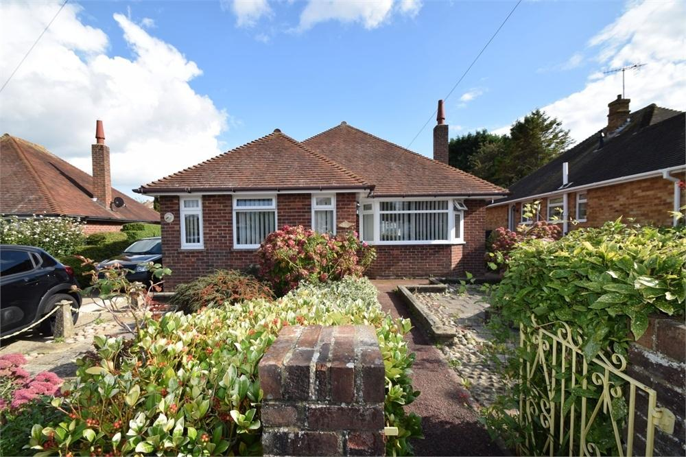 2 Bedrooms Detached Bungalow for sale in Downs Road, Willingdon, East Sussex
