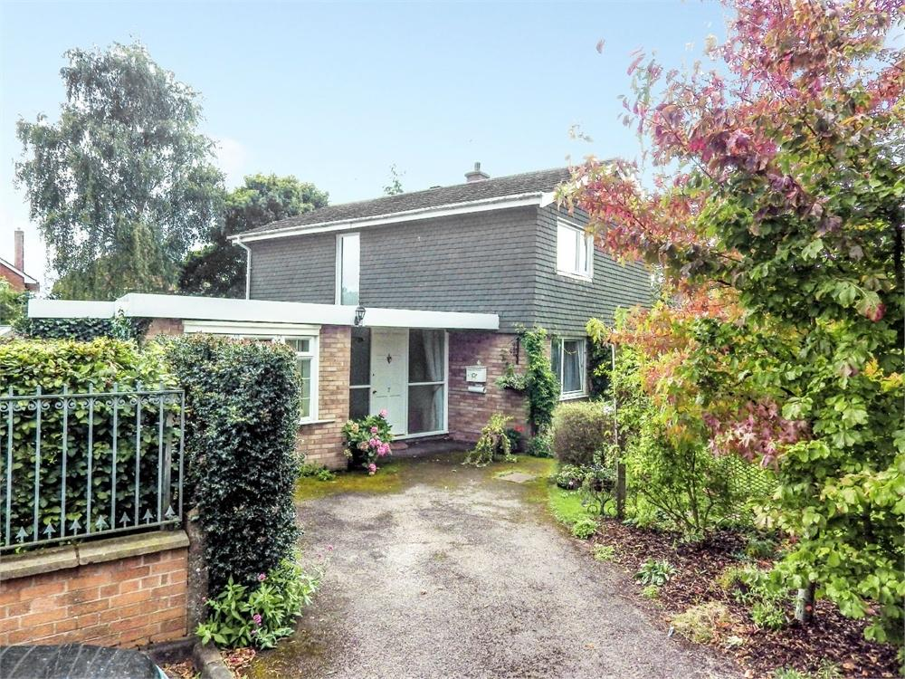 3 Bedrooms Detached House for sale in Newstead Close, Hereford