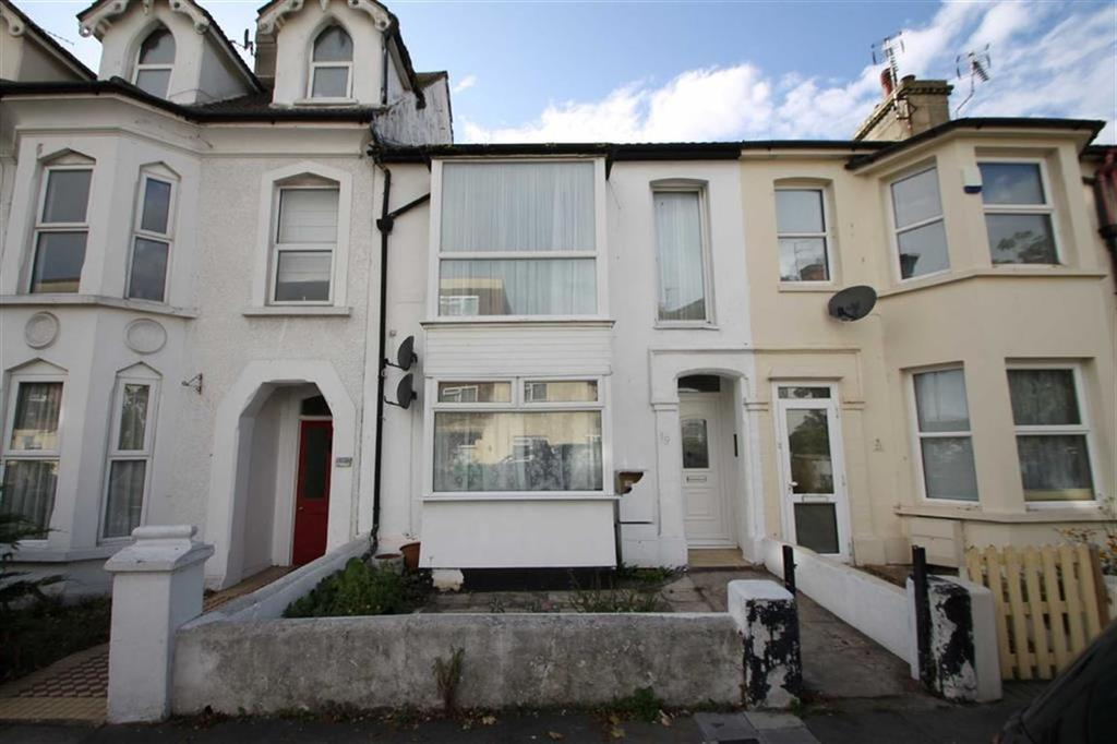1 Bedroom Flat for sale in Beach Road, Clacton-on-Sea
