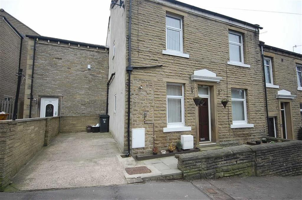 2 Bedrooms Terraced House for sale in Queen Street, Greetland, Halifax, HX4