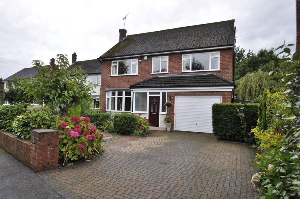 6 Bedrooms Detached House for sale in Lostock Ave, Hazel Grove, Stockport