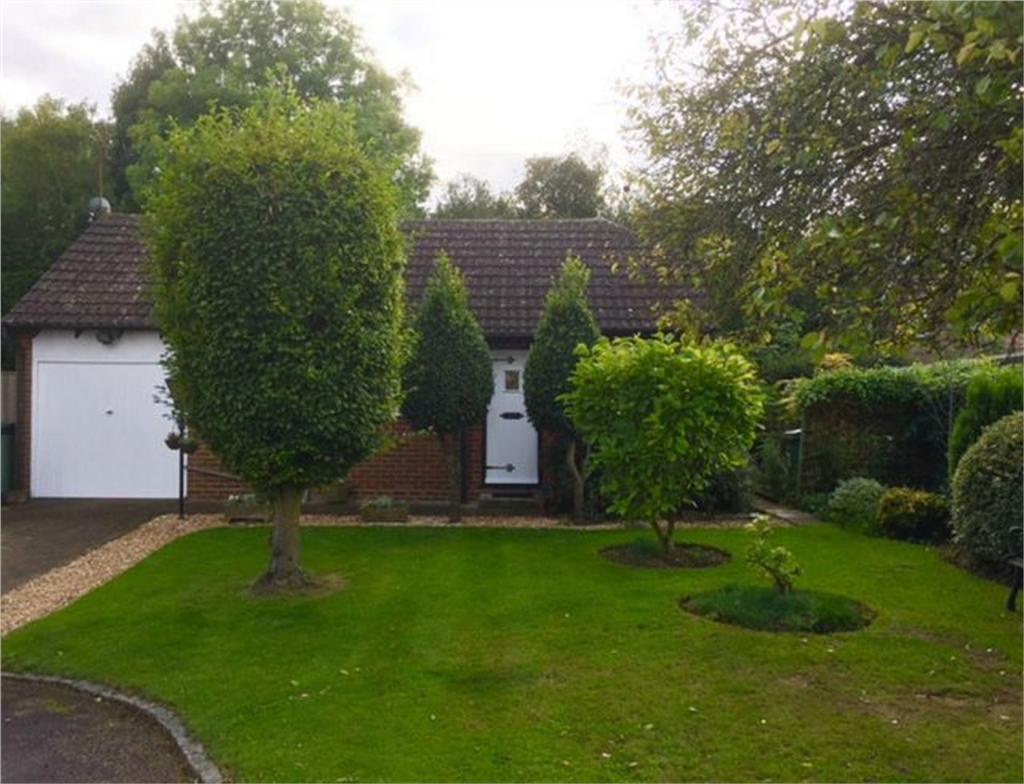 1 Bedroom Detached Bungalow for sale in Lenham