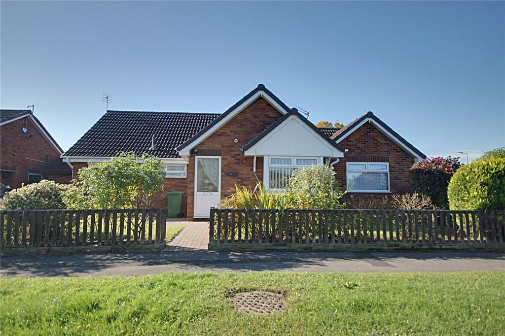 3 Bedrooms Detached Bungalow for sale in Hollybush Avenue, Ingleby Barwick