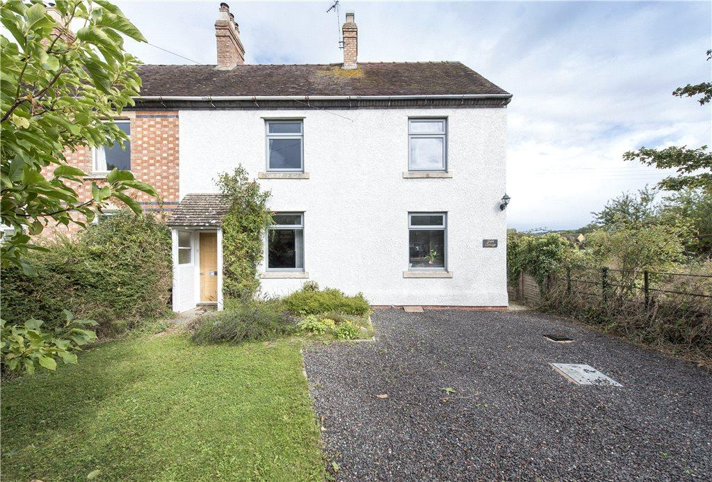 3 Bedrooms Semi Detached House for sale in Glebe Cottages, Broadway Road, Childswickham, Worcestershire, WR12