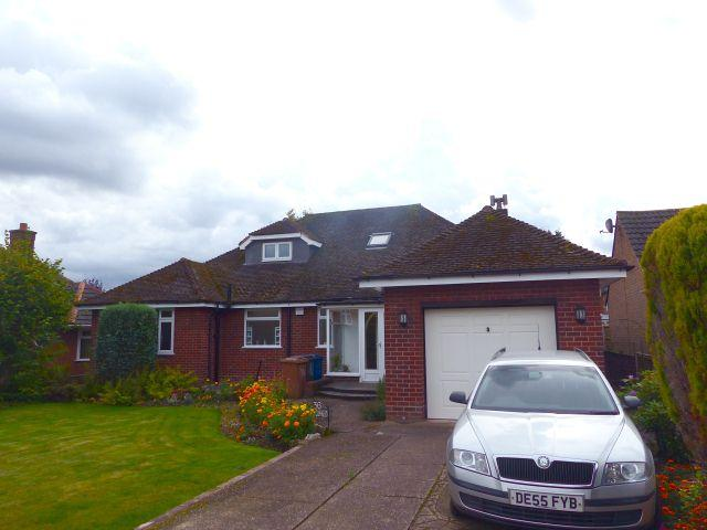5 Bedrooms Bungalow for sale in Lichfield Road,Burntwood,Staffordshire