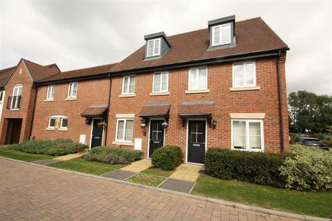 3 bedroom house for sale - St Jacques Way, Waterlooville