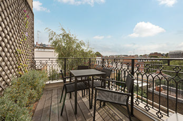2 Bedrooms Flat for sale in Cliveden Place, London. SW1W