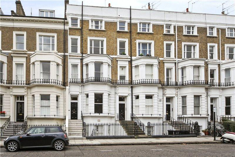 1 Bedroom Flat for sale in St. James's Gardens, London, W11