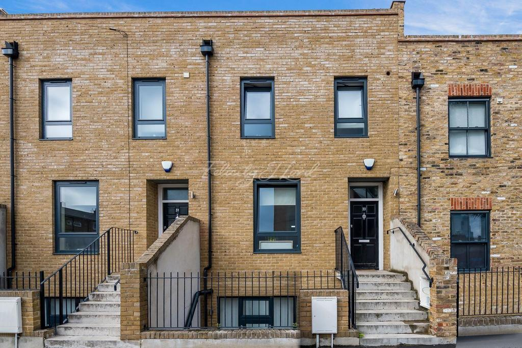4 Bedrooms Terraced House for sale in Clemence Street, E14