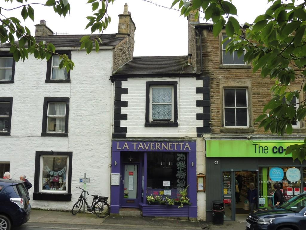 2 Bedrooms Apartment Flat for sale in 23 Main Street, Ingleton