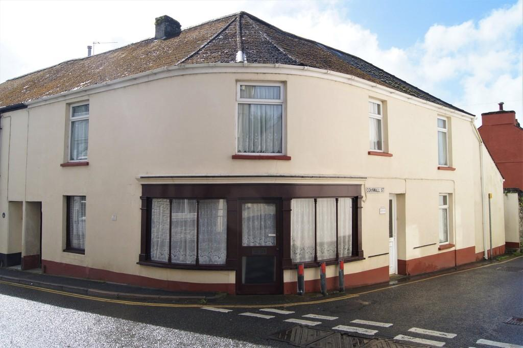 4 Bedrooms End Of Terrace House for sale in Bere Alston