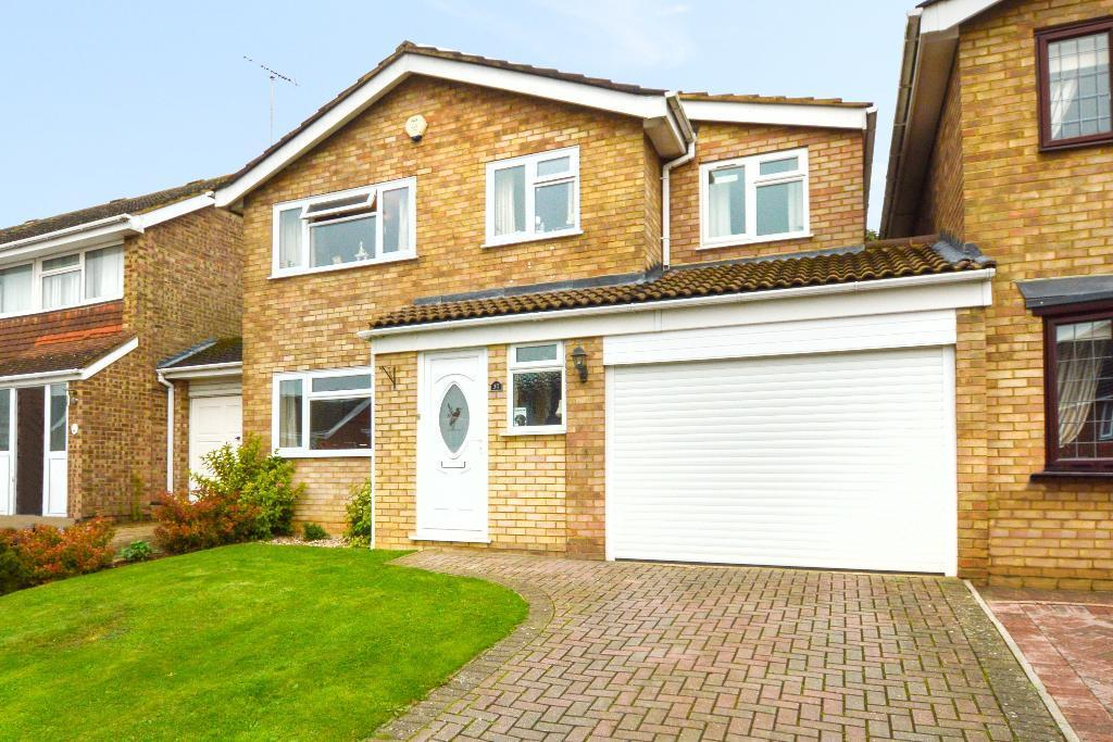 4 Bedrooms Detached House for sale in Leyhill Drive, Luton, LU1 5QA