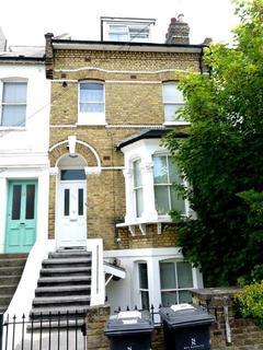 3 bedroom flat to rent - Whiteley Road, Upper Norwood, London, SE19 1JU