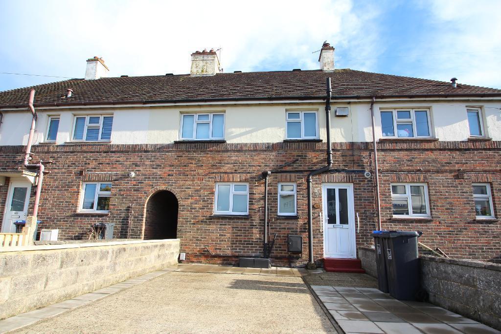 3 Bedrooms Terraced House for sale in Gardner Road, Fishersgate, Southwick, West Sussex, BN41 1PN