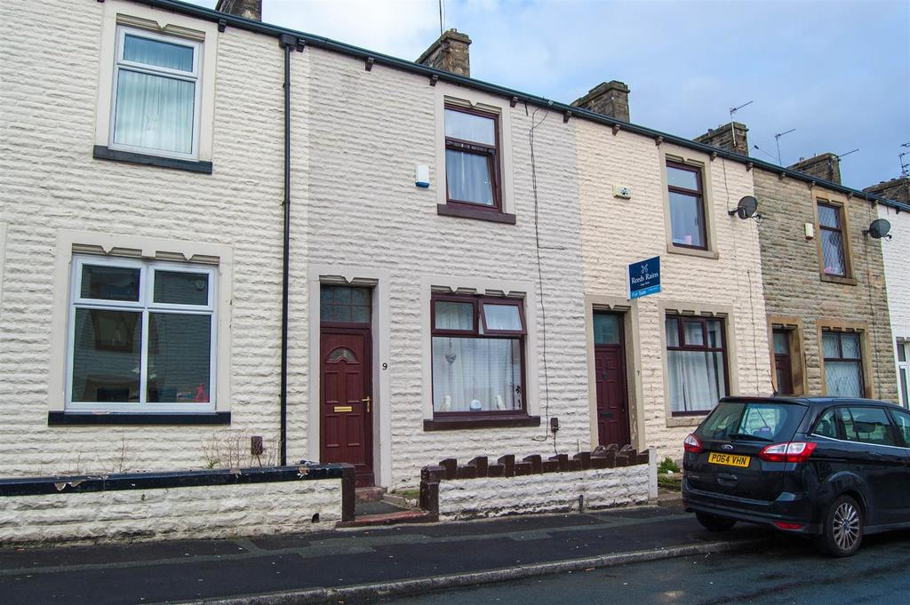 3 Bedrooms Terraced House for sale in Lionel Street, Burnley
