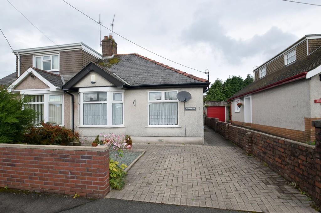 2 Bedrooms Semi Detached Bungalow for sale in Sunnymead, 1 Litchard Bungalows, Litchard, Bridgend, Bridgend County Borough, CF31 1PH.