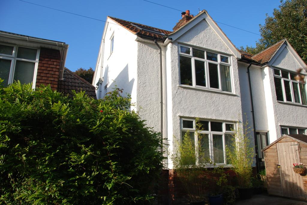 4 Bedrooms Semi Detached House for sale in THE CRESCENT, HILLVIEW ROAD, SALISBURY, WILTSHIRE, SP1 1HY