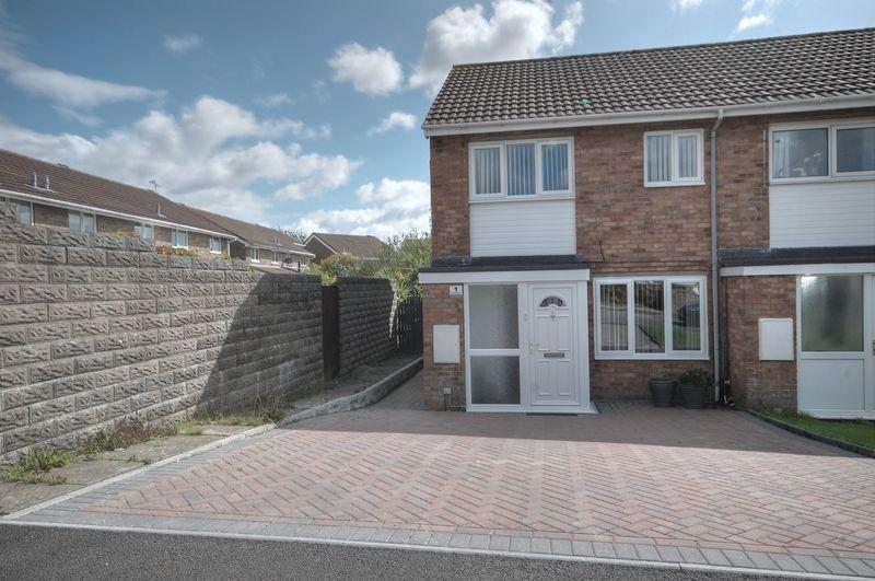 3 Bedrooms Semi Detached House for sale in 1 Brecon Street, Llantwit Major, CF61 2GJ