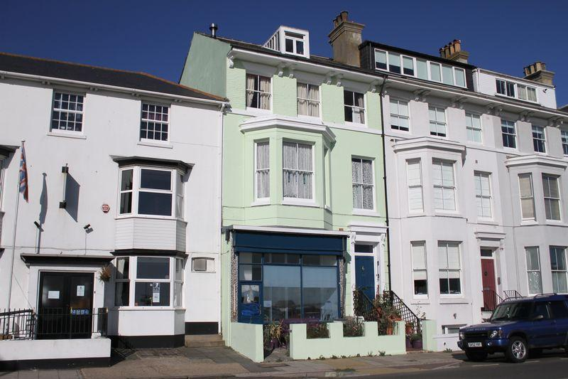 5 Bedrooms Terraced House for sale in The Strand, Walmer