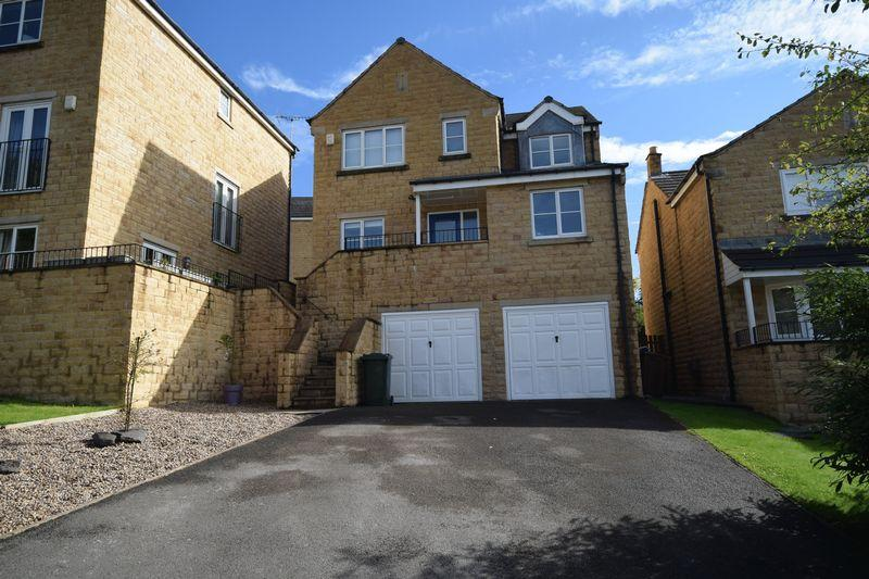 5 Bedrooms Detached House for sale in Thorneycroft Road, East Morton.