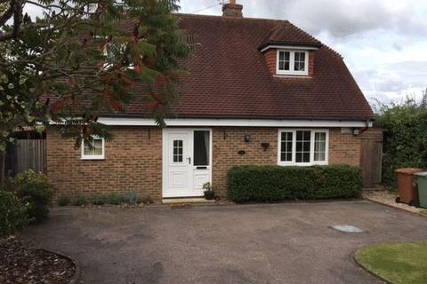 2 bedroom detached house to rent - Maidstone Road, Horsmonden