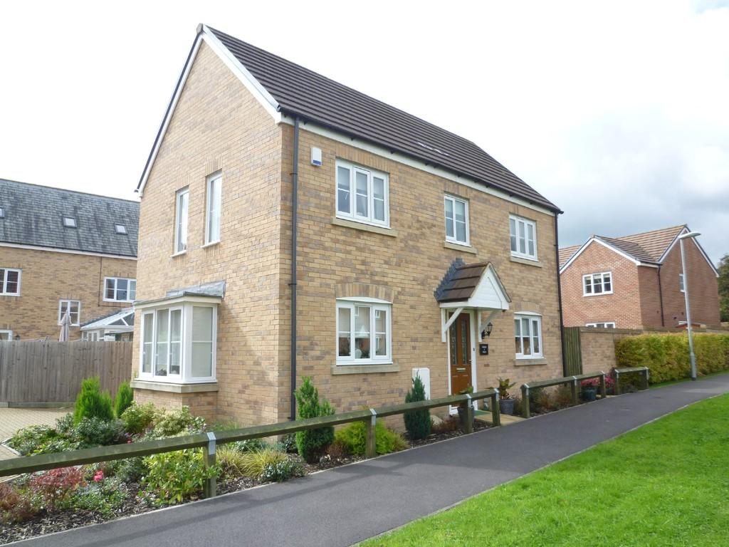3 Bedrooms Detached House for sale in Trowbridge, Wiltshire