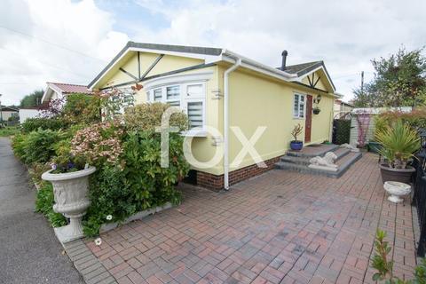2 bedroom mobile home for sale - Dome Caravan Park, Hockley