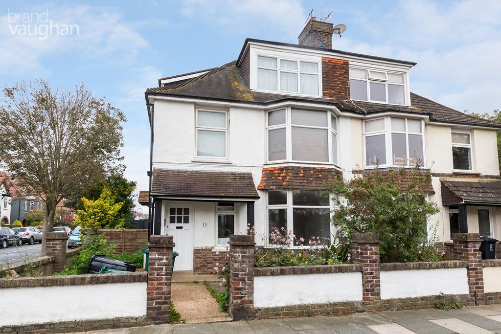 2 Bedrooms Flat for sale in Hogarth Road, Hove, BN3