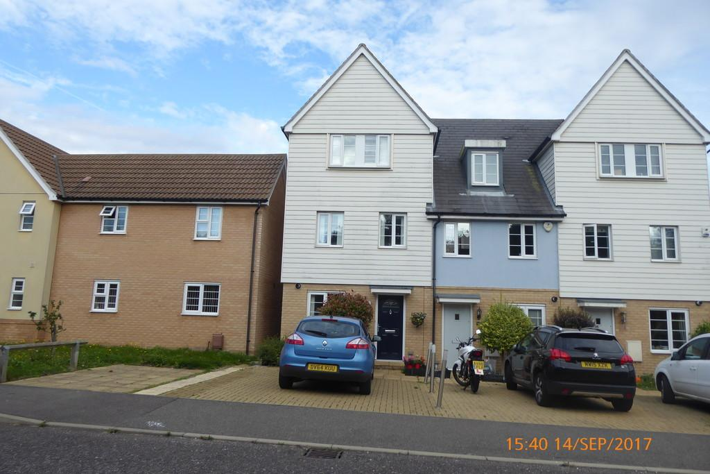 4 Bedrooms End Of Terrace House for sale in Heron Way, Harwich