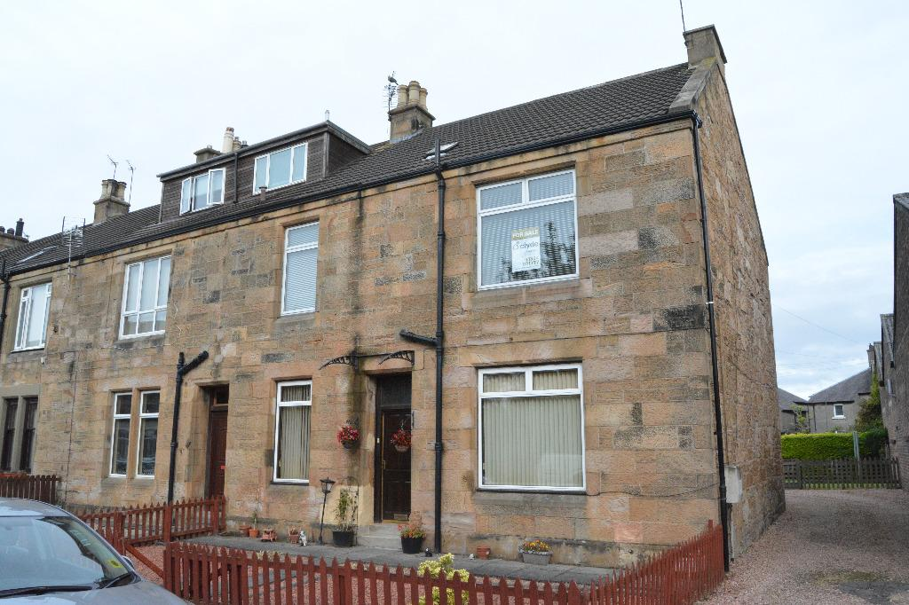 1 Bedroom Flat for sale in Paris Street, Grangemouth , Falkirk, FK3 9BN