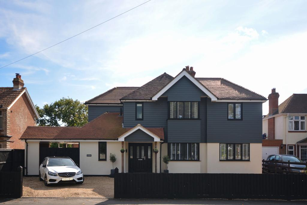 4 Bedrooms Detached House for sale in Park Road, Cowes