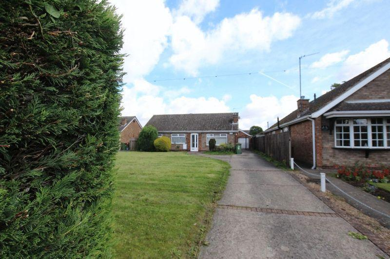 4 Bedrooms Detached Bungalow for sale in HUME BRAE, IMMINGHAM