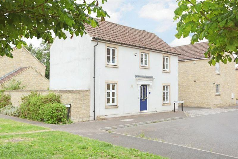 3 Bedrooms Detached House for sale in Willow Crescent, Corsham