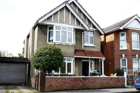 3 bedroom detached house to rent - St James Park Road, Shirley, Southampton