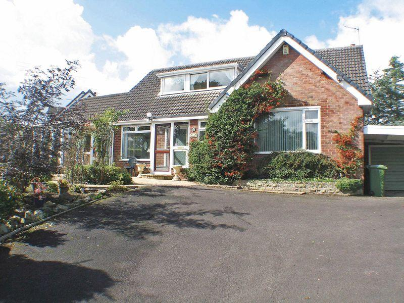 4 Bedrooms Detached Bungalow for sale in Little Poulton Lane, Poulton-Le-Fylde