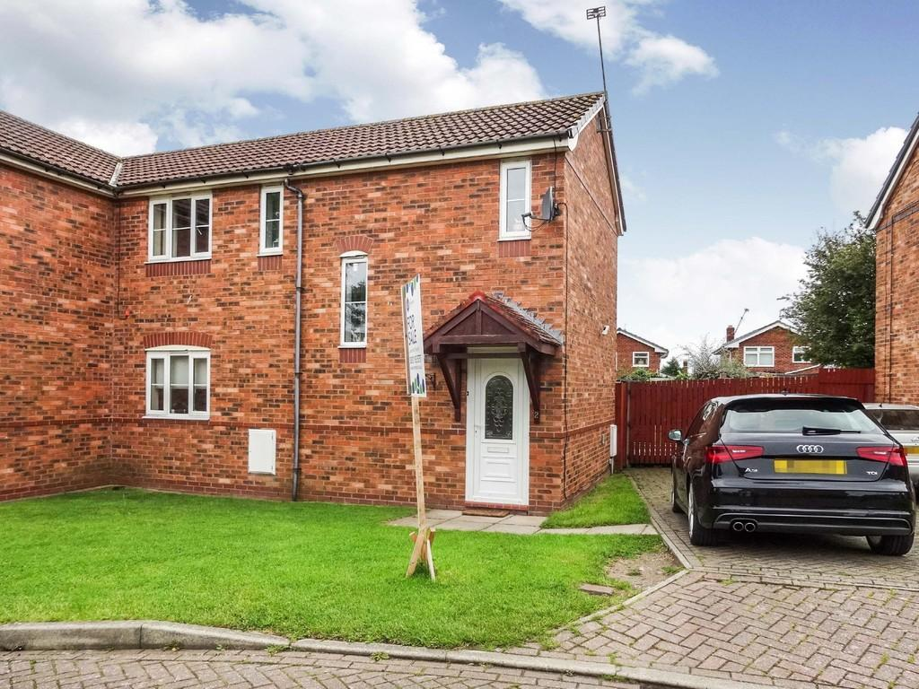 2 Bedrooms Semi Detached House for sale in Rhodfa Plas Coed, Rhyl