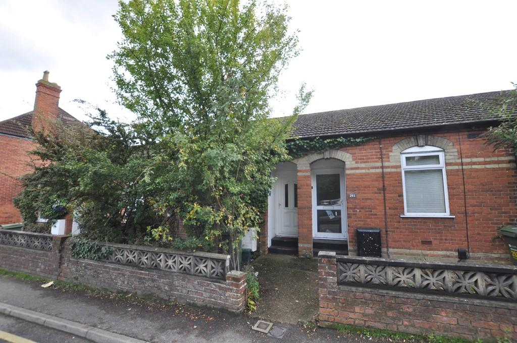 1 Bedroom Mews House for sale in Stoughton Road, Guildford