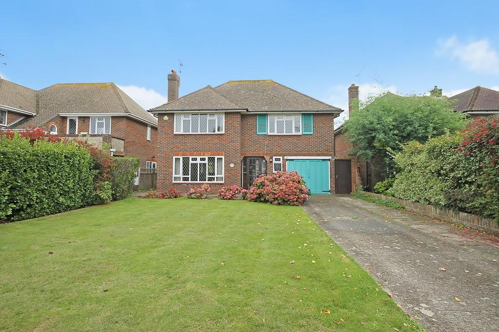 3 Bedrooms Detached House for sale in Arlington Avenue, Goring-by-sea BN12 4TA
