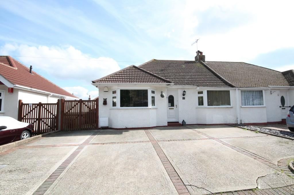 2 Bedrooms Semi Detached Bungalow for sale in Upper Boundstone Lane, Lancing, BN15