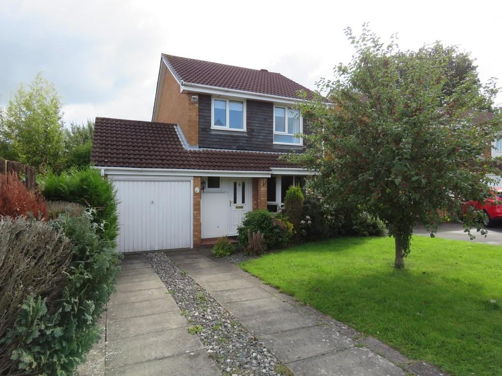 3 Bedrooms Detached House for sale in Shelsley Way, Solihull