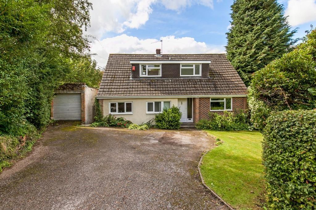 4 Bedrooms Detached Bungalow for sale in Legion Lane, Kings Worthy, Winchester, SO23