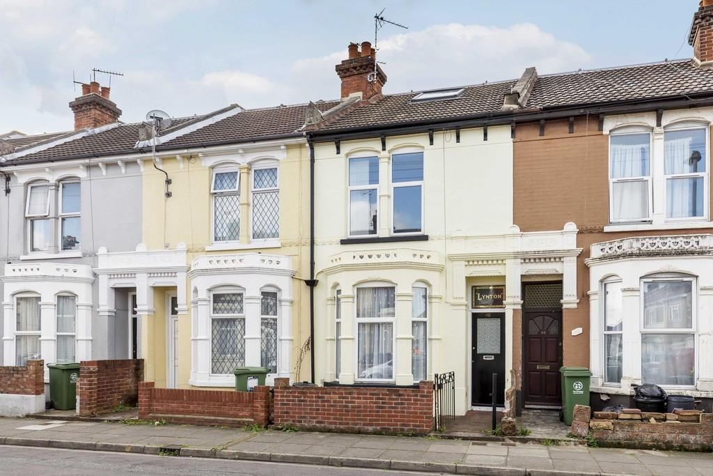 4 Bedrooms Terraced House for sale in Pitcroft Road, Portsmouth